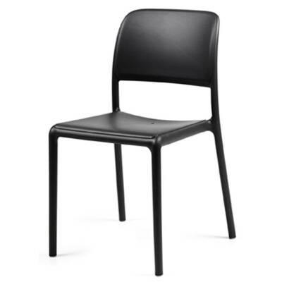 chaise pour hôtel Vari